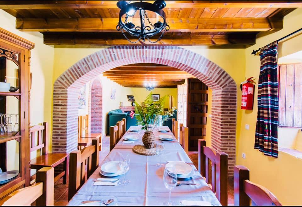 Fantastic huge Villa in Riogordo for long term rental