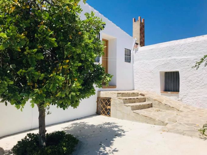 Lovely 3 bedroom house in the municipality of Periana